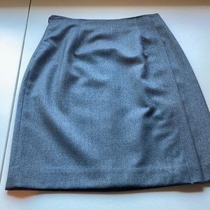 Grey pencil skirt. Fully lined.